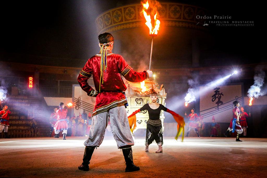 鄂爾多斯草原-篝火晚會