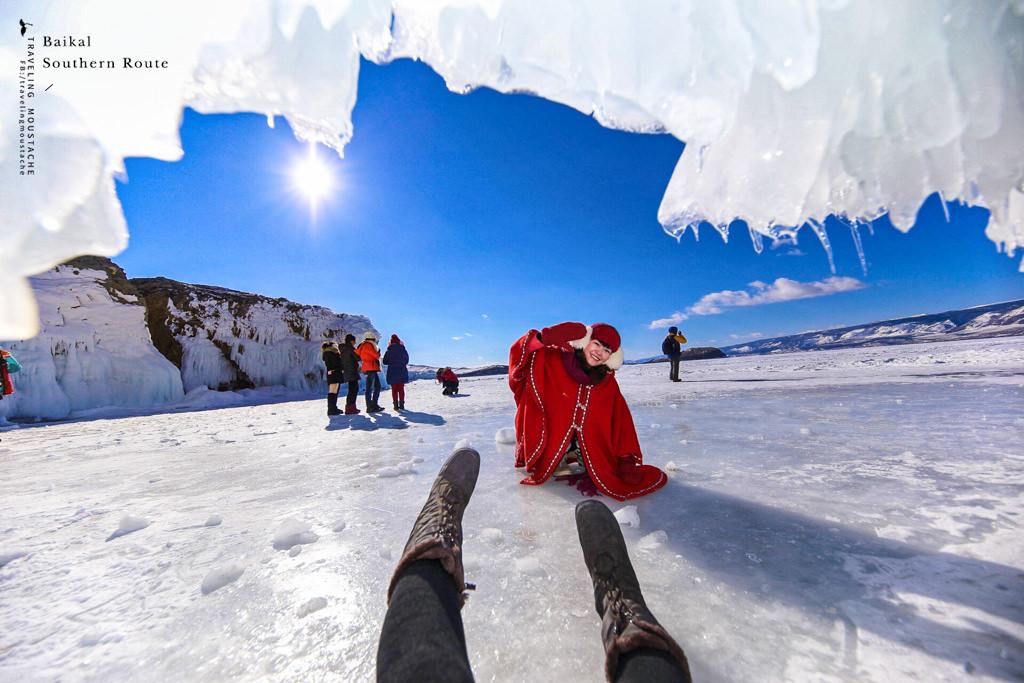 貝加爾湖南線_冰掛洞穴7